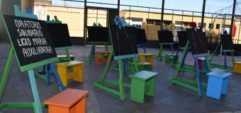 SERPAJ Tarapacá: Jóvenes del SBC  regalan atriles infantiles a niños y niñas de Iquique