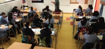 Estudiantes chilenos entre los que menos saben de ciudadanía y democracia en Iberoamérica