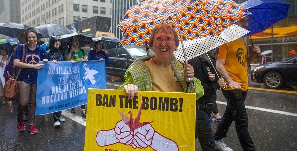 Armas nucleares prohibidas: 50.a ratificación del Tratado de las Naciones Unidas