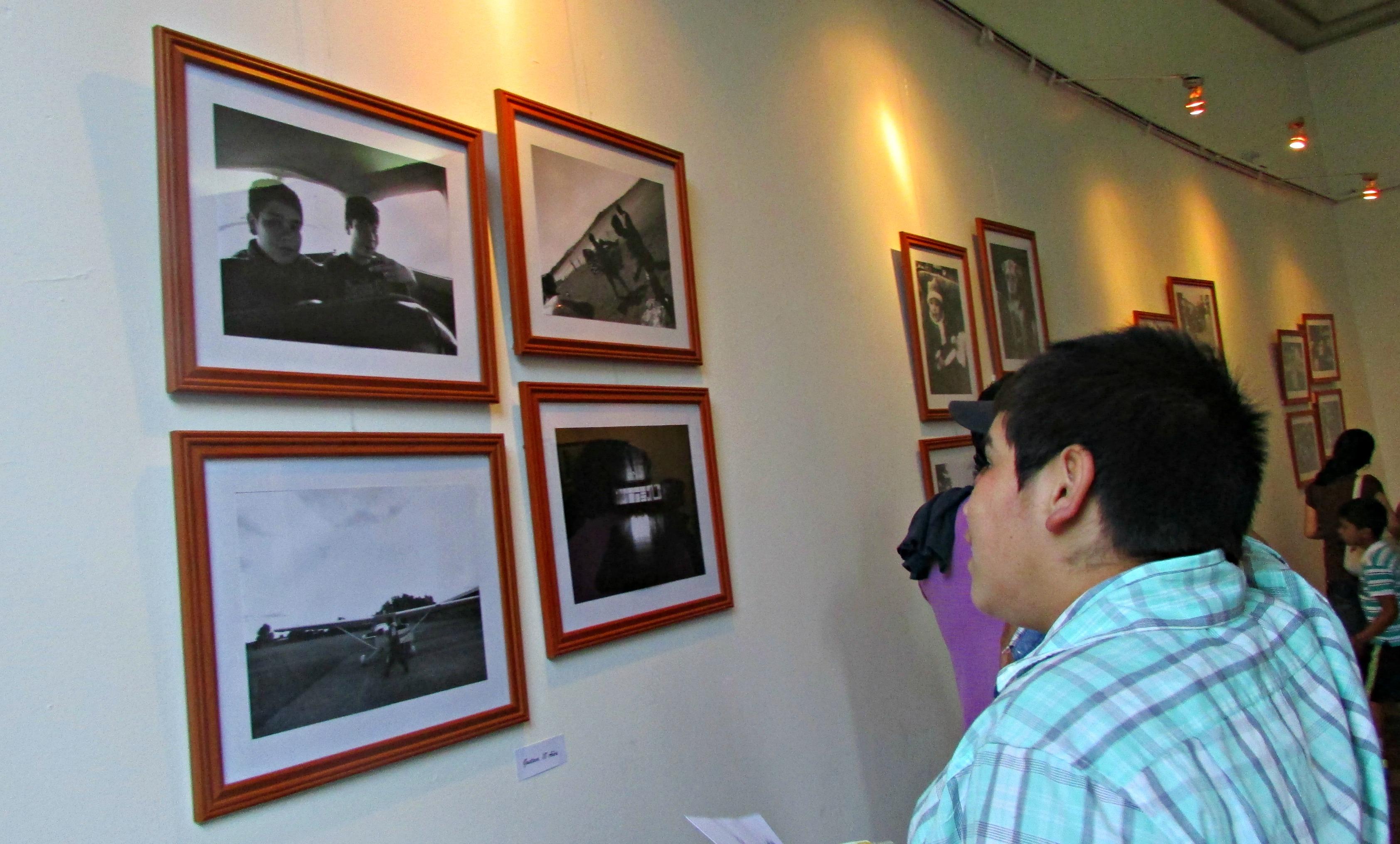 Taller realizado por Serpaj Los Lagos finaliza con atractiva muestra fotográfica en Osorno