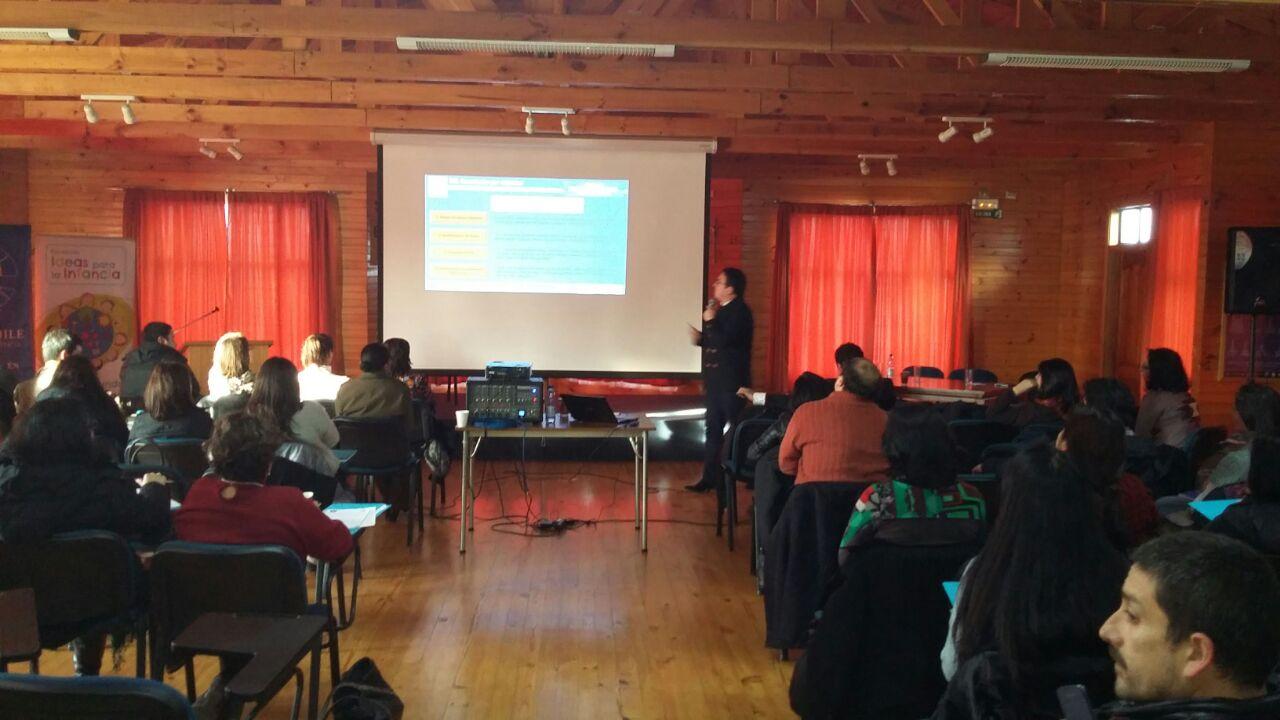 Serpaj Los Lagos realizó seminario sobre infancia y juventud en Castro