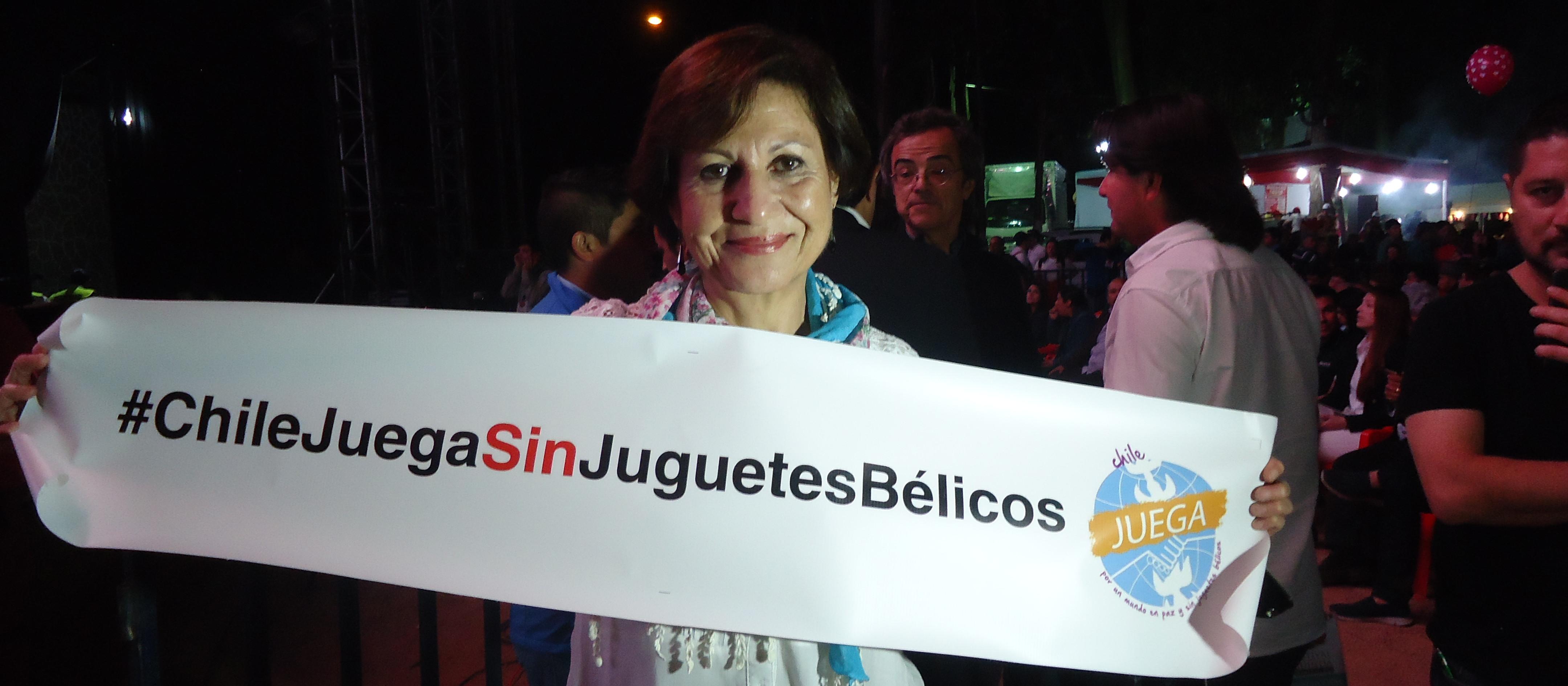 Destacados artistas nacionales se suman a la campaña: Chile juega sin juguetes bélicos