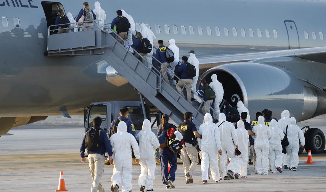 Human Rights Watch emplazó al Gobierno de Chile a poner fin a la deportación de venezolanos